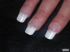 MANICURE PARA NOVIAS MANICURA PARA BODAS UÑAS NOVIAS MANOS NOVIAS Manicure Y Pedicure, Beauty, Brides, Wedding Nails, Nailed It, Hands, How To Make