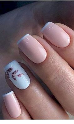Sweet white and pink nails with glitter