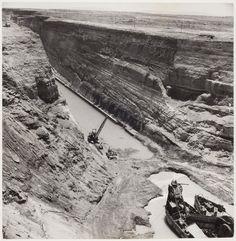 [Buldozers, Corinth Canal, Greece]-David Seymour,1948