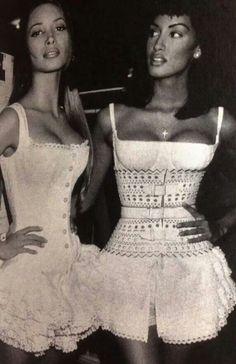 1992 - Azzedine Alaia backstage - Christy Turlington & Yasmeen Ghauri