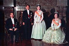 família real japonesa, white tie (fraque)