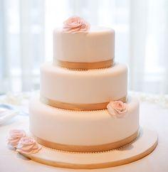 30 Most Luxurious Wedding Cakes You Will Love - MODwedding