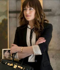 Dakota mayi johnson Dakota johnson style Dakota johnson hair Fifty shades of grey Anastasia steele 50 shades of grey Dakota mayi johnson Dakota johnson hair Strapless dress formal Dakota johnson street style Spirit awards Claire mccardell Anastasia Steele Style, Anastasia Steele Outfits, Anastasia Grey, Estilo Dakota Johnson, Dakota Johnson Stil, Dakota Mayi Johnson, 50 Shades Freed, Fifty Shades Of Grey, Dakota Johnson Fifty Shades Darker