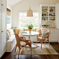 southern-living-kitchen-nook-via-hookedonhouses.png 480×480 pixels