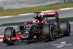 Day one of Barcelona testing, Pastor Maldonado, Lotus F1 E23