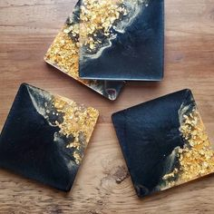 Gorgeous Black and Gold resin coasters made by @maplejackdesigns using our Charcoal Black pigment powder for resin 🤩🖤💛⠀ Diy Resin Art, Diy Resin Crafts, Diy Arts And Crafts, Acrylic Pouring Art, Acrylic Resin, Gold Aesthetic, Resin Casting, Homemade Christmas Gifts, Coasters