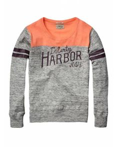 Crew neck college pull with artwork - Pullovers - Official Scotch & Soda Online Fashion & Apparel Shops