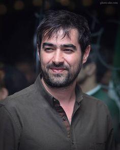 شهاب حسینی درباره شرکت فیلمسازیاش در آمریکا  می گوید Iranian Actors, Iranian Art, Brad Pitt, Actors & Actresses, Celebrities, Persian, Films, Portraits, Entertainment