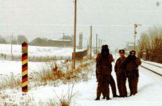 """<p>In+der+Mitte+ein+""""bekannter""""+bzw.+bei+BGS+/+Zoll+gelisteter+Grenzaufklärer:+Hauptmann+B.<br+/>Im+Winter+1983/1984+fotografiert.</p>"""