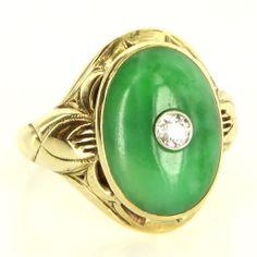 Vintage 14 Karat Yellow Gold Jade Diamond Cocktail Ring Fine Estate Jewelry