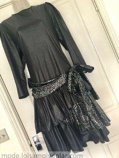Details über Vintage 80er Jahre schwarz PVC Metallic Prom Dress Größe 14 Metallic Prom Dresses, Size 14 Dresses, Fashion Details, Online Price, Vintage, Black, Vintage Comics
