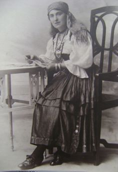 Edwardian Gypsy Fortune Teller