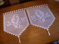 2 x crochet curtains in white ** bird couple ** handmade ** crocheted curtains * 44 . 2 x crochet curtains in white ** bird couple ** handmade ** crocheted curtains * 44 x 57 Cotton Crochet, Thread Crochet, Irish Crochet, Crochet Stitches, Diy Crafts Love, Diy Crafts Crochet, Crochet Patterns Filet, Crochet Cardigan Pattern, Crochet Wall Hangings