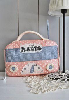 Ein Spieluhr in Radioform. Wie schön!