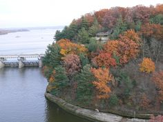 starved rock state park fall colors