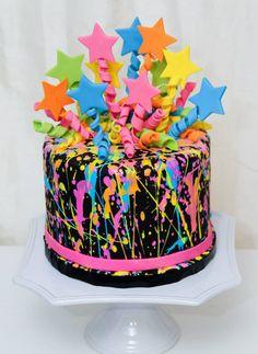 Splatter Cake love the topper Neon Birthday Cakes, 11th Birthday, Birthday Cake Girls, Birthday Parties, Birthday Ideas, Happy Birthday, Paintball Cake, Fete Marie, Bolo Neon