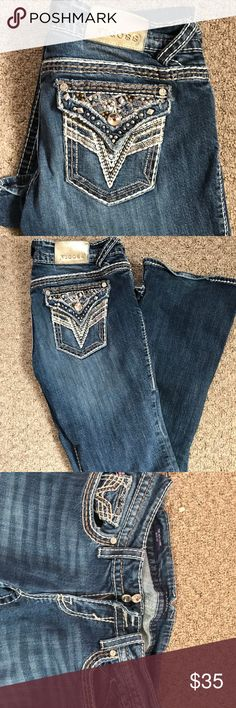 Vigoss jeans Vigoss jeans, size 7, average length. In like new condition. There is a one inch cut on the bottom of the jeans! These were worn one time and one time only! Vigoss Jeans Boot Cut