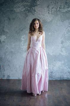 Luxurious silk evening dress - Gordelia