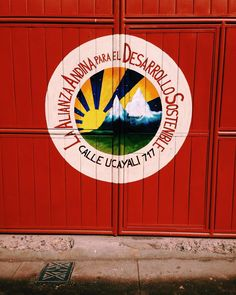 Perfect day to visit the Andean Alliance for Sustainable Development! Starting our morning at the office in #calca & then headed to the #farm Check out the incredible work they do for isolated communities & education: http://ift.tt/1mGcw1Q #sustainability #andes #development #farmlife #live #2030now @undp @clintonglobal @leonardodicaprio @unitednations @unenvironment Re-post by Hold With Hope