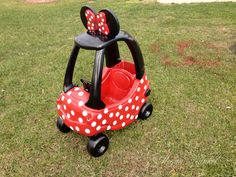 Minnie Mouse cozy coupe! Adorable!