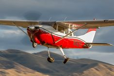 The Cessna 210 Centurion is a fantastic all around airplane and arguably remains the best high performance, single engine aircraft ever. Cessna 210, Cessna Aircraft, Private Plane, Private Jet, Bush Plane, Radial Engine, Airplane Flying, Nose Art, Fighter Jets