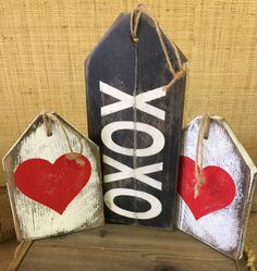 """XOXO, Heart (Valentine's Day) Rustic Large Gift Tags » Handmade & Painted, Distressed Western Red Cedar """"Pallet"""" Wood Sign * Ready to Ship!*"""