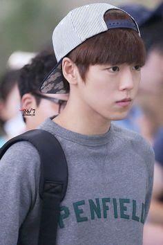 Lee Hyun Woo x airport style Korean Star, Korean Men, Lee Hyun Woo Smile, Asian Boys, Asian Men, Asian Actors, Korean Actors, Kpop, Dramas