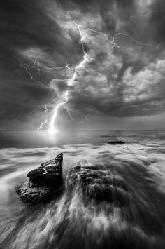 Lightning, storm clouds, waves, Ocean view, beauty of Nature, wild, powerful, photo b/w.