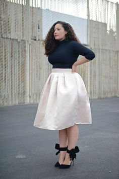 Skirts glide over your heavier lower part and hence give you a shapely silhouette. Skirts are versatile pieces and hence can work well for a casual outing as well as a formal setting.