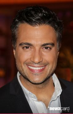 Jaime Camil is seen on the set of Univision's 'Despierta America' morning show at Univision Headquarters on September 23, 2013 in Miami, Florida. (Photo by Alexander Tamargo/Getty Images)