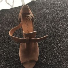 Brown high heels sandal Gorgeous brown suede heels Chinese Laundry Shoes Heels