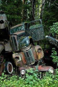 Stacked #Junkyard #trucks. #rust