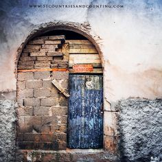 A deep seeded fascination with photographing doors and windows around the world! I have a huge collection. This one is my favourite and I shot it recently in #morocco . Loving all the textures and sections of this door and the materials that are used to make them! If you like to see more images from this collection visit my blog link in the about section. #doors #essaouira #canon5dmarkiii #traveller #travelphotography #abstractart #photography #art