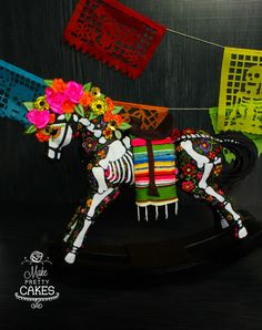 Rocking Horse - Day of the Dead - Dia de Muertos Cake Horse Halloween Costumes, Halloween 2019, Halloween Crafts, Holiday Crafts, Halloween Decorations, Day Of The Dead Diy, Day Of The Dead Cake, Rocking Horse Cake, Rocking Horses