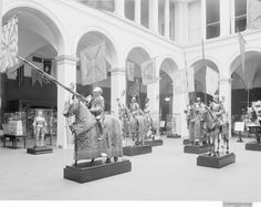 The Armor Hall of the Metropolitan Museum of Art as installed by Bashford Dean in 1915 (photographed in 1921).