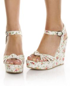 slingback on Stylehive. Shop for recommended slingback by Stylehive stylish members. Get real-time updates on your favorite slingback style. Floral Wedges, Floral Heels, Floral Espadrilles, Wedge Boots, Wedge Sandals, Shoe Boots, Cute Shoes, Me Too Shoes, Shoes