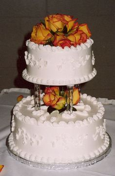 Wedding Cakes Without Fondant - http://www.talenthuntweb.com/wedding-cakes-without-fondant/