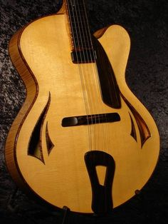 Archtop guitar, model Kiwi, by luthier Tom Bills.