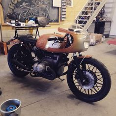 vintagehack: thatyouride: BMW Cafe Racervia Cafe Racer Dreams FB Dig it!
