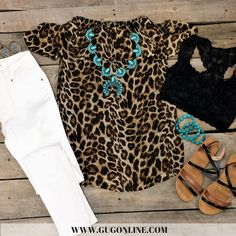 Rodeo Outfits, Dressy Outfits, Cool Outfits, Fashion Outfits, Casual Attire, Cheetah Print Shirts, Leopard Print Outfits, Leopard Prints, Southern Outfits