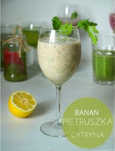 smoothie z pietruszką Homemade Protein Shakes, Easy Protein Shakes, Protein Shake Recipes, Smoothie Drinks, Smoothie Detox, Weight Loss Smoothies, How To Lose Weight Fast, Food Inspiration, Vegan Recipes