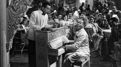 Casablanca  Sam tocando el piano en el cafe de Rick
