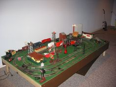 Lionel Two Train 4 x 8 Layout – PRR Schuylkill Branch Lionel Trains Layout, Lionel Train Sets, Lego Train Tracks, Lego Trains, Ho Train Layouts, Third Rail, Radio Flyer, Cool Gifts For Kids, Model Building Kits