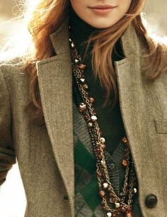 layers and layer and layers, oh my! great style inspo. www.thecharliebird.com