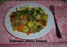 Zöldséges pulyka kölessel Sprouts, Vegetables, Food, Veggies, Essen, Vegetable Recipes, Brussels Sprouts, Yemek, Kale