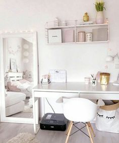 There are a lot of natural ways of decorating your bedroom. For example, you can use natural gifts like wonderful looking sea shells, glass, pine cones etc. Using these items can result in a brilliant texture to the bedroom decoration. Bedroom Decor For Teen Girls, Teen Room Decor, Room Ideas Bedroom, Small Room Bedroom, Home Office Decor, Home Decor Bedroom, Home Room Design, Room Design Bedroom, Study Room Decor