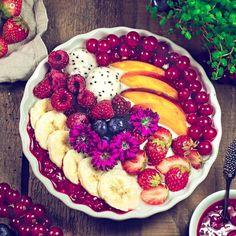 Fresh Fruit, Acai Bowl, Oatmeal, Breakfast, Food, Meal, Eten, Meals, Rolled Oats
