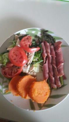 Chicken salad, sweet potatoes and espárrago