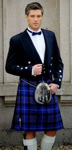 BOW TIE MACDONALD OF CLANRANALD TARTAN WORSTED WOOL MADE IN SCOTLAND KILT WEAR