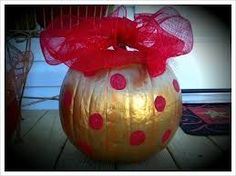 Turn your fall pumpkins into Christmas decorations. I painted a variety of colors to make them look like jumbo ornaments. Pumpkin Snowmen, Christmas Pumpkins, Christmas Ornament Crafts, Christmas Porch, Country Christmas, Fall Pumpkins, Christmas Holidays, Christmas Bulbs, Christmas Decorations